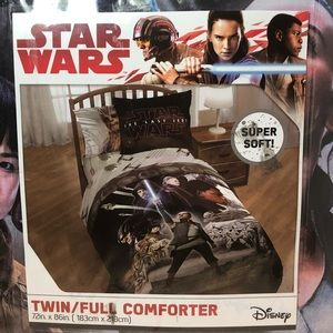 Star Wars Episode 8 Twin/Full Comforter